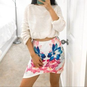White Floral Print Asymmetric Mini Skirt